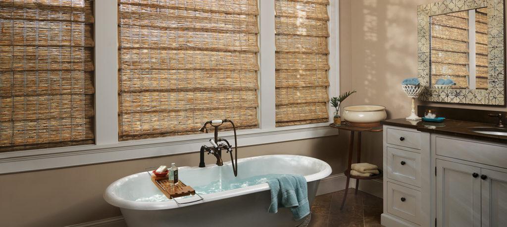 https://www.rbinteriorismo.com/images/blog/cortinas-de-madera-1024x459.jpg